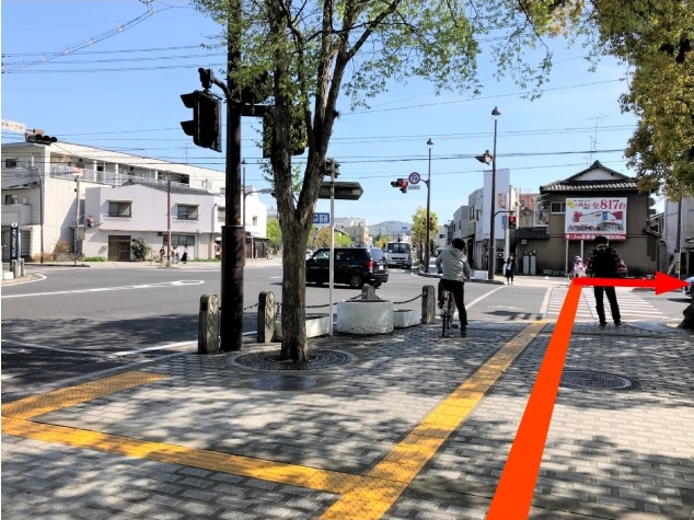 道順8_中央1丁目の交差点写真